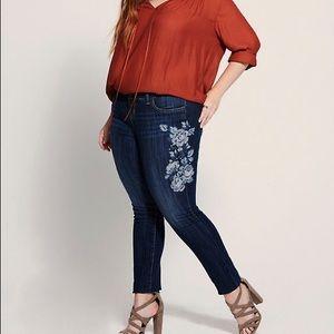 Torrid Premium Vintage Embroidered Skinny Jeans 14